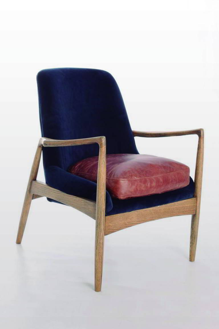 Silla de madera turquesa